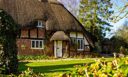 Häuslebauer und -käufer nehmen immer höhere Summen auf